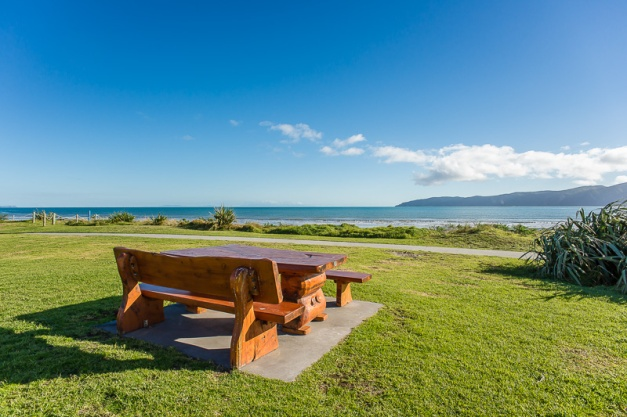 Seating on Paraparaumu Beach - NZNK169295