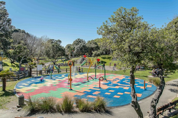 Raumati Gardens - NZNK169427